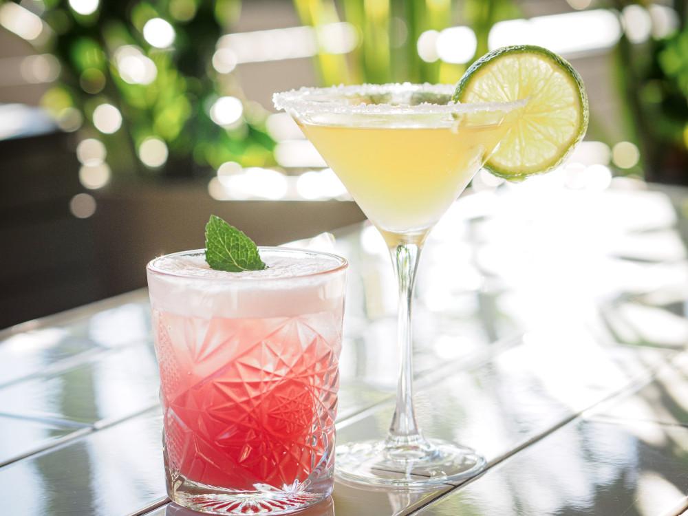 Bar Drinks - Hotel CBD